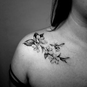 floral shoulder blossom tattoo